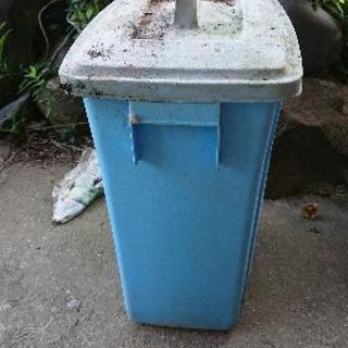 ポリ容器(蓋付き)