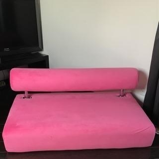 ピンク ソファ 9月から販売
