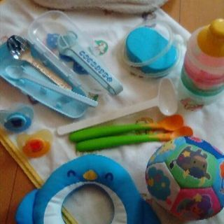 値下げ❢ ベビー用品いろいろ 乳幼児用鼻汁吸引器・離乳食用調理器...