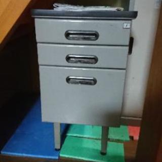 中古 事務所用スチール棚引き出し付き