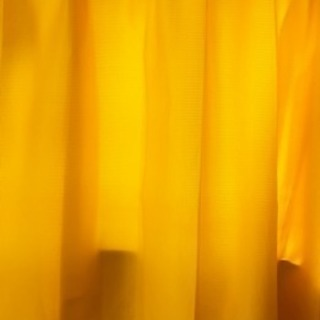 黄色 カーテン