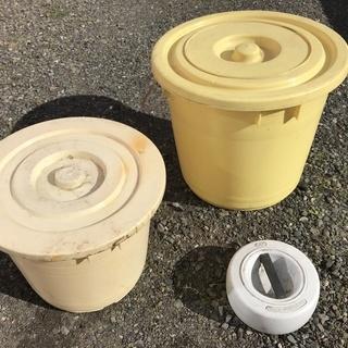 漬物用樽、2種類と重石