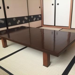 塗り仕上げの和テーブル