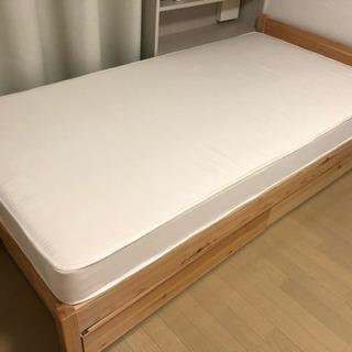 ほぼ新品 無印パイン材ベッド+マッ...