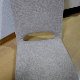 茶色折り畳み椅子2個