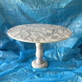 ★更に値下げ★天然白大理石テーブル 直径107cm高さ72cm