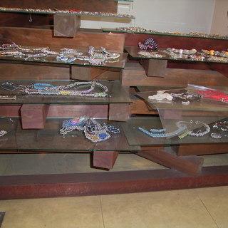 ディスプレイ用木材・ガラス棚