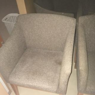 高級椅子たくさんあります