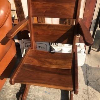 コマ付き椅子