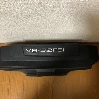 Audi A6 4F型 中古エンジンアッパーカバー