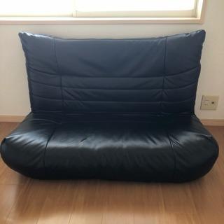 黒レザー  ソファー