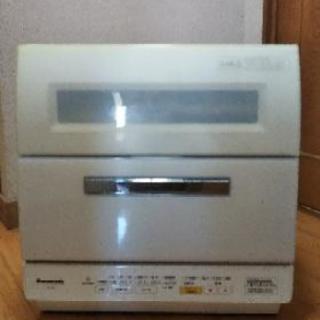 ★値下げ!Panasonic 食器洗い乾燥機NR-TR8   分...