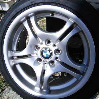 BMW スタッドレス 17インチ