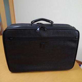 ビジネスバッグ パソコンも入れられます