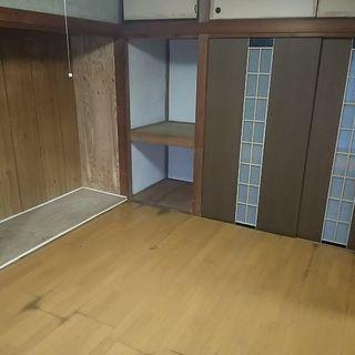 【戸建(テラス) ペット複数 可!初期費用30万→0円!!?】小学...