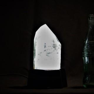 ガーデンクオーツ一本剣照明 水晶の灯り