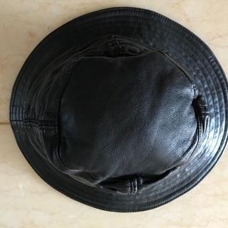 LUCA DELLA LAMAの革帽子