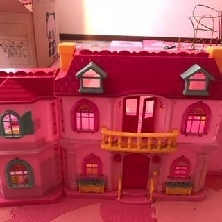 ドールハウス ピンク 可愛いです♪