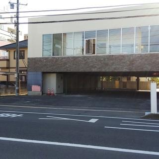 118号線沿い屋根付き駐車場