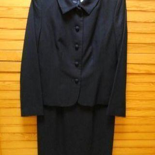 濃紺スーツ(コロンブスアベニュー)