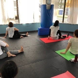新所沢 ヨガ教室 託児あります! yogalifeゆるり