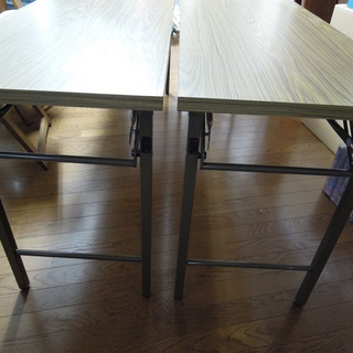 折り畳み式会議室用テーブル