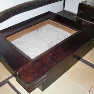 囲炉裏 テーブル