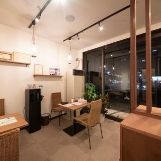 ★☆札幌市中央区の平日深夜0時まで営業してるカフェスタイル整骨院です☆★