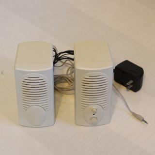 パソコン用アンプ内蔵スピーカー