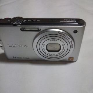 デジカメ  Panasonic LUMIX