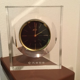 重い置き時計