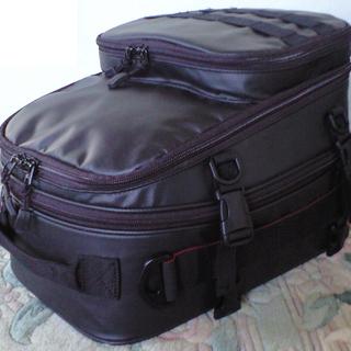 シートバッグ 可変容量+2気室