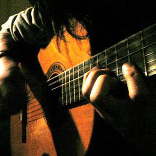 ギター、ウクレレ、どんなジャンルで...