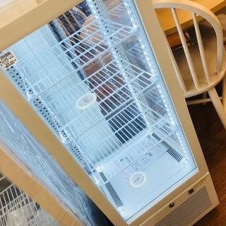 JCMのガラス冷蔵ショーケースが入荷致しました!!