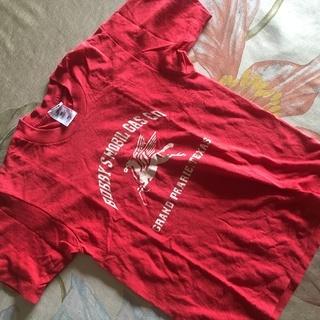古着 赤 カッコイイTシャツ
