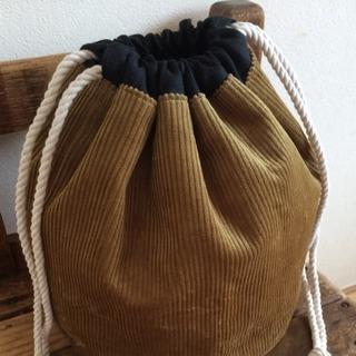 コーデュロイとリネンの丸底巾着バッグ