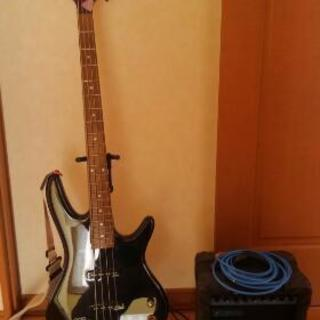 ベースギター 弾きたい人にあげます。