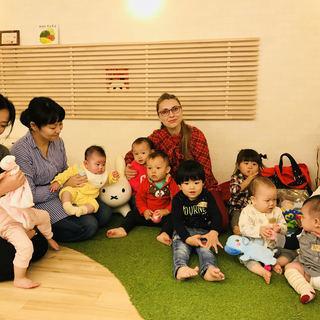0歳からの外国人講師による音楽を取り入れたベビー英会話 in 大阪