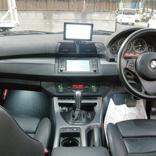 H17 X5 4.4i 黒本革シート サンルーフ 4WD ポータブルナビ 12930 - BMW