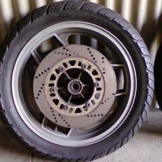 ニンジャGPZ900R GPZ750R 16インチホイール&タイヤ