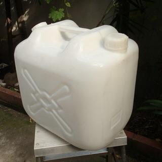 水タンク② 20L