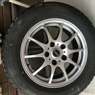 超美品、値下げ。195/65/15 スタッドレスタイヤ 4本セット