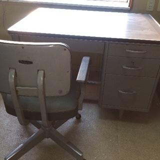 事務机 スチール オフィスデスク 椅子も追加できます。