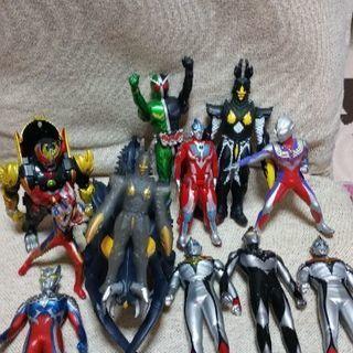 ウルトラマンヒーロー&仮面ライダー12体セット‼