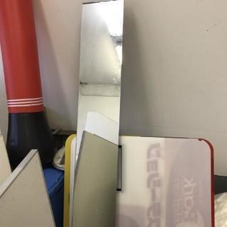 全身 鏡 (天井にネジで押さえつけるタイプ)