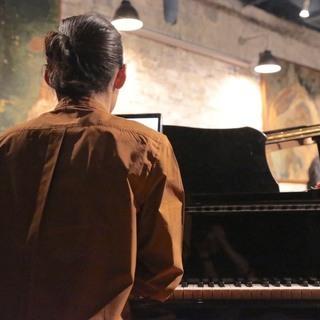 他とは違うプロが教えるピアノレッスン♪