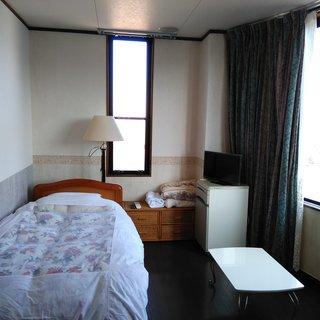 シェアハウス、短期宿泊一日2000円