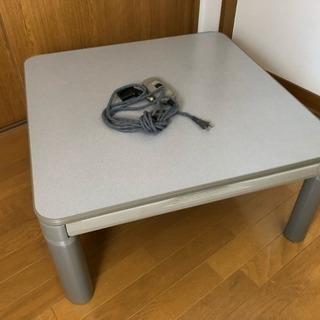 こたつ机(SANYO製、脚に難あり)