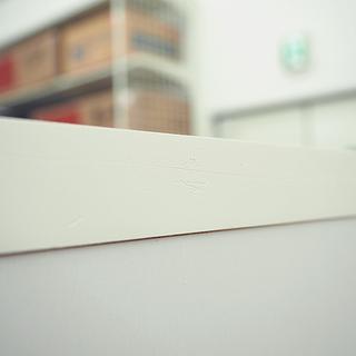 扉付き収納棚 ホワイト 4段  幅60cm 奥行 31.5cm 高さ 153.5cm - 売ります・あげます
