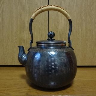 銀瓶、鉄瓶、その他茶道具はお売りいただけませんか?
